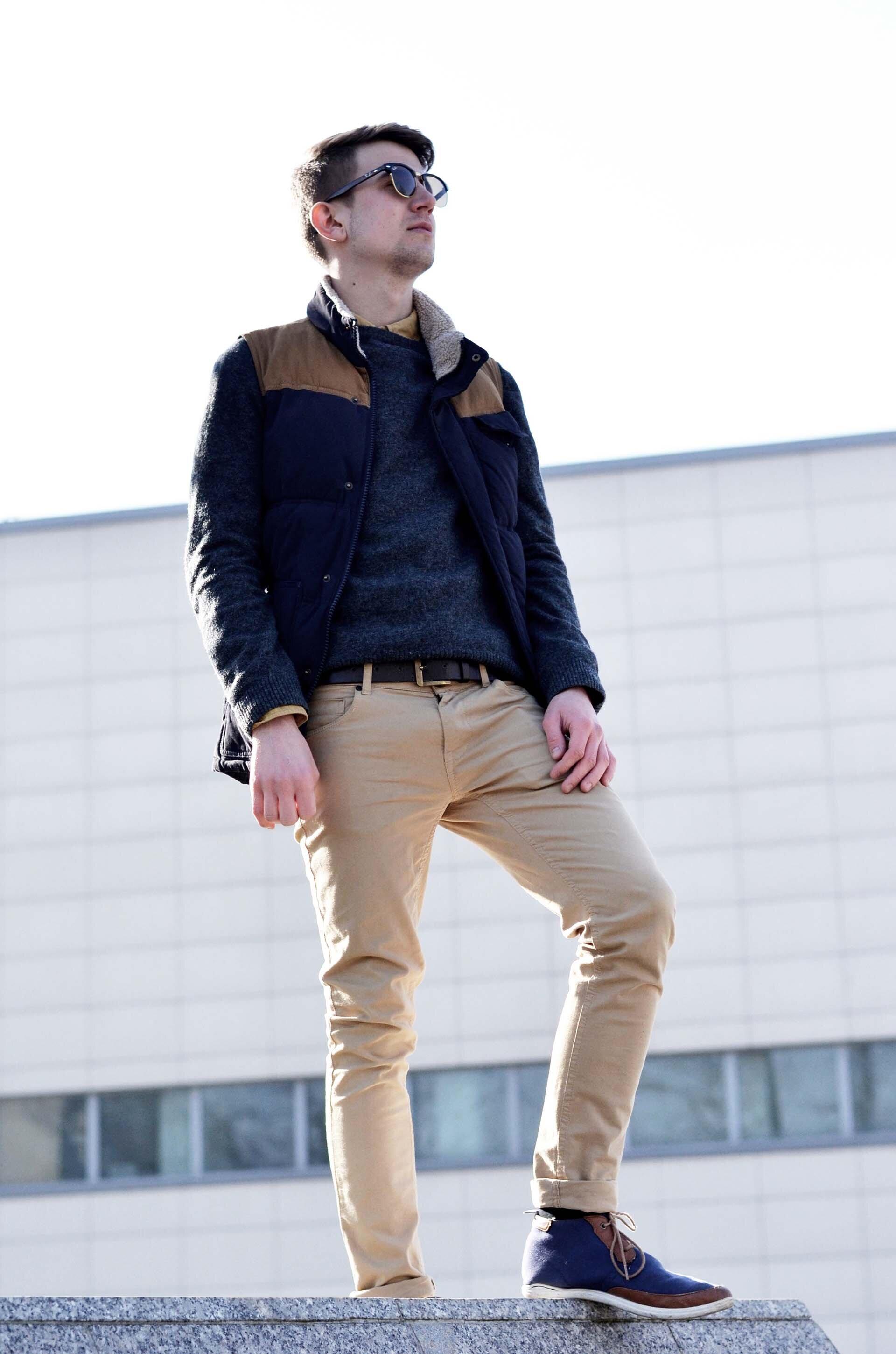 GMALE by Grzegorz Paliś, blog o modzie męskiej, Stadion Cracovia, bezrękawnik męski, Ray-Ban, Bershka