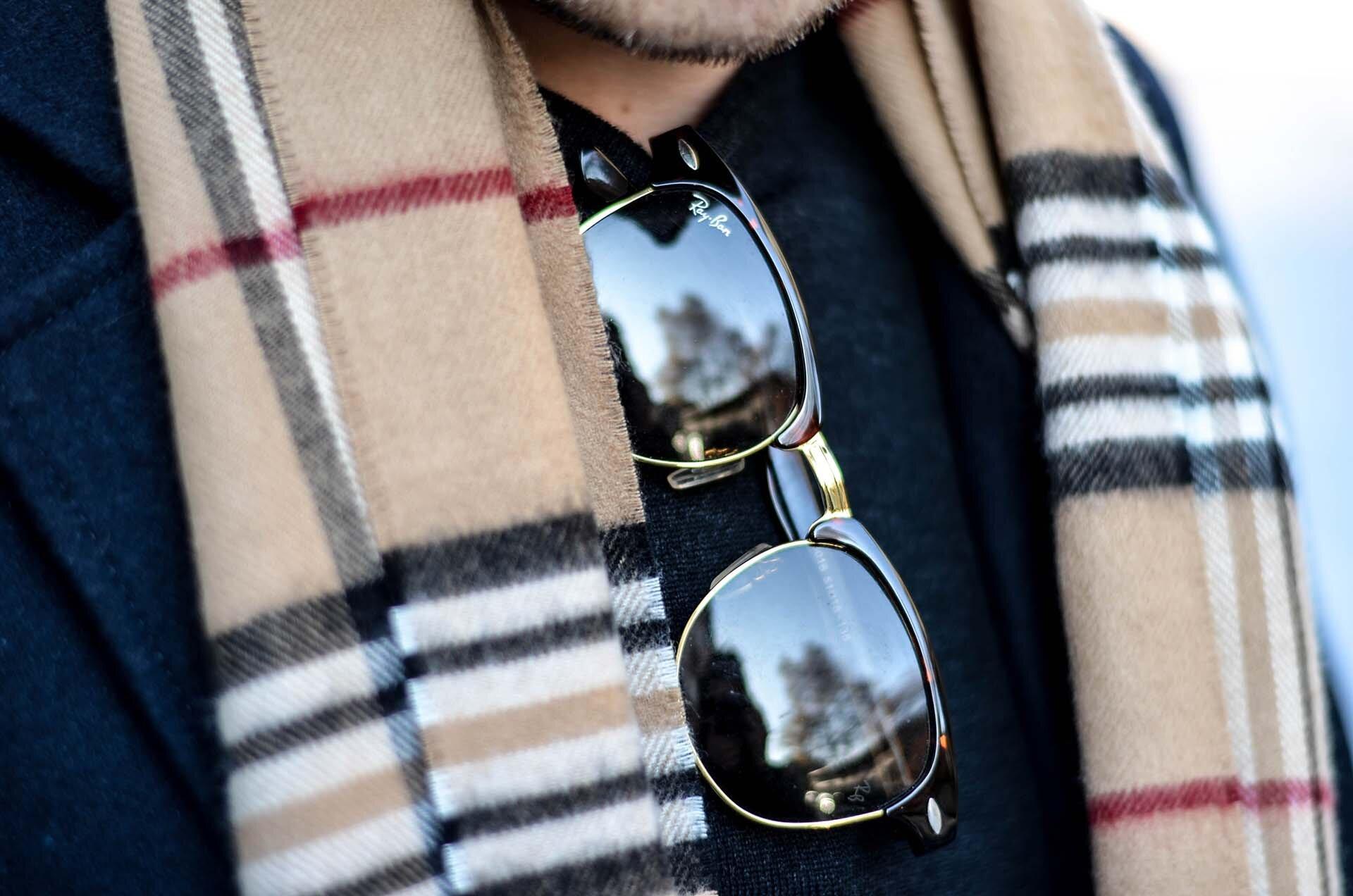 GMALE by Grzegorz Paliś, blog o modzie męskiej, sztyblety męskie, obuwie męskie, buty męskie, grantowy płaszcz męski, szalik Burberry męski, chinosy