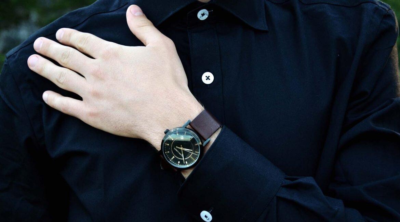 GMALE by Grzegorz Paliś, blog o modzie męskiej, James Button, czarna koszula męska, modne koszule, zegarek męski Filippo Loreti, Zakrzówek