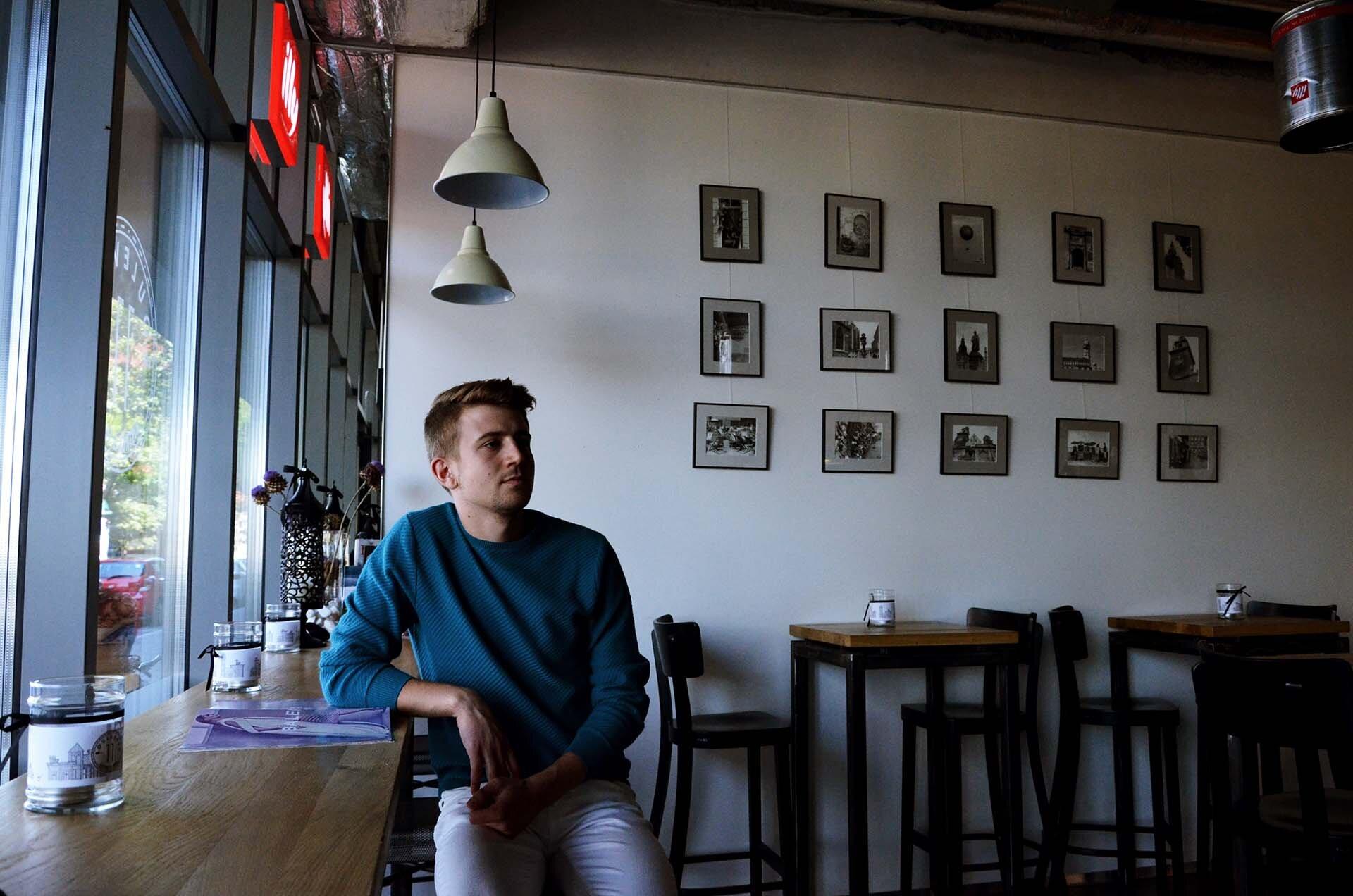GMALE by Grzegorz Paliś, blog o modzie męskiej, Boulevard 11 Bistro Wine, kawiarnia Kraków, Massimo Dutti