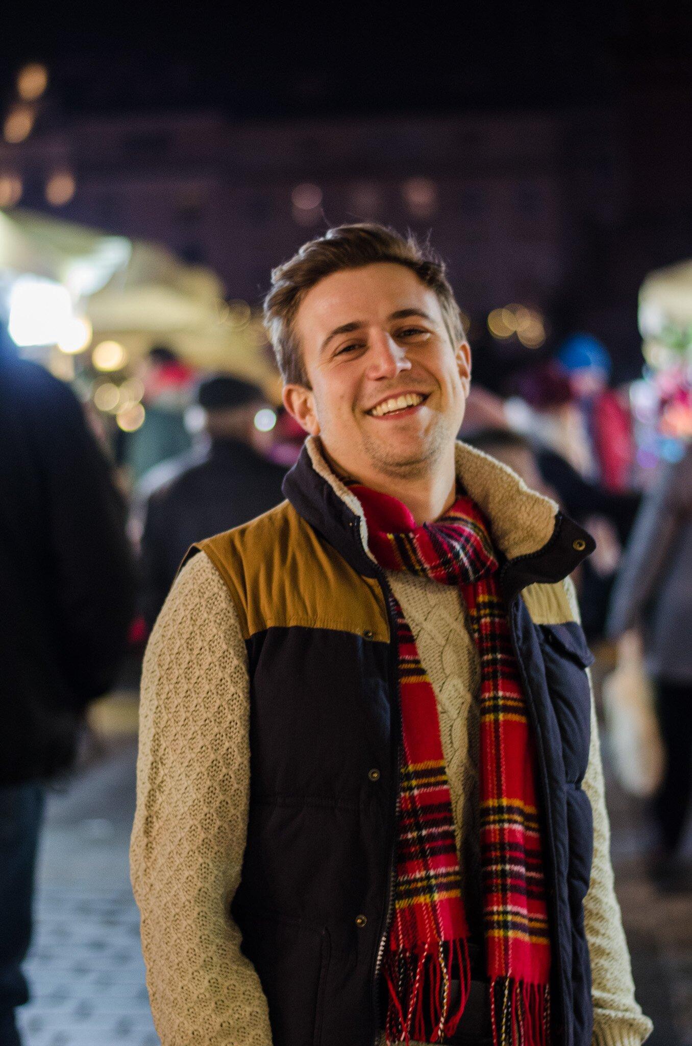 Wesołych Świąt - Czerwony szalik w kratę męski