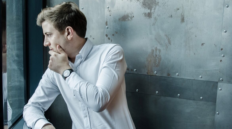 GMALE by Grzegorz Paliś, blog o modzie męskiej, Moda męska, Krawat dziergany, Krawat knit, Krawat knitowy, Apart, Zegarek męski Apart, Zegarek AM:PM, Biała koszula męska, Smart Casual