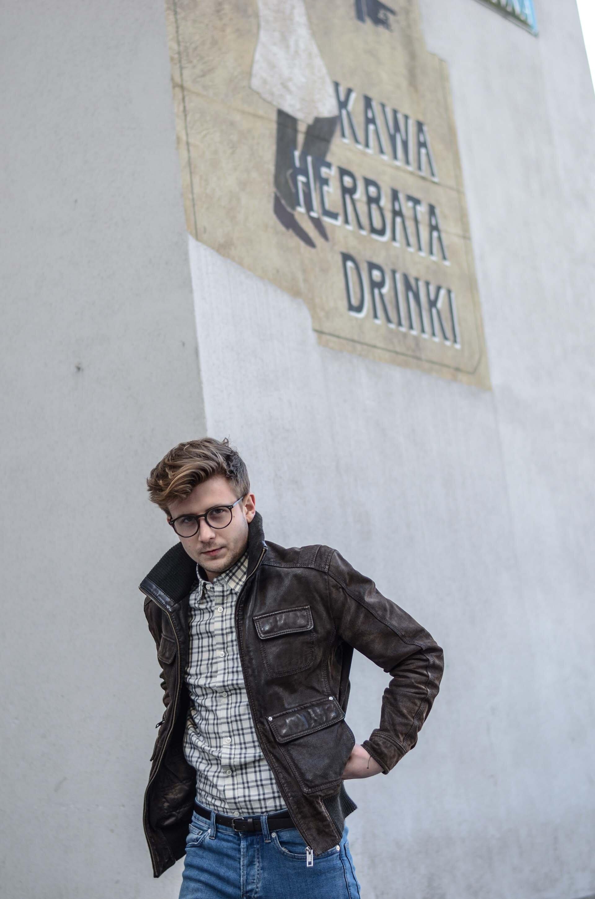 Koszula w kratę męska, Męskiej jeansy, Kurtka Zamszowa, Męskie fryzury, Męski styl, Blog o modzie męskie, GMALE