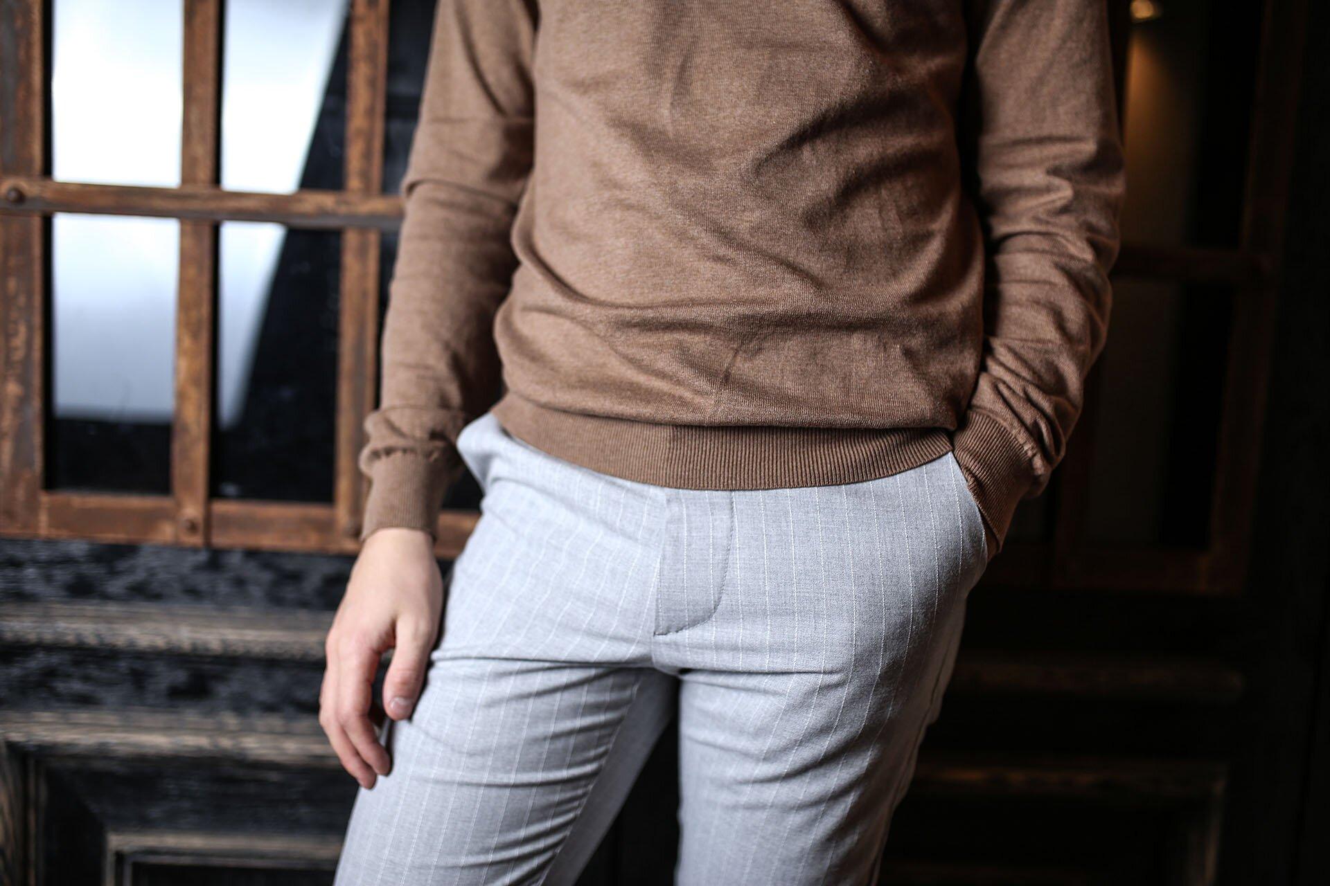 Golf męski camelowy, Męska moda, Blog o modzie męskiej, Spodnie w kratę