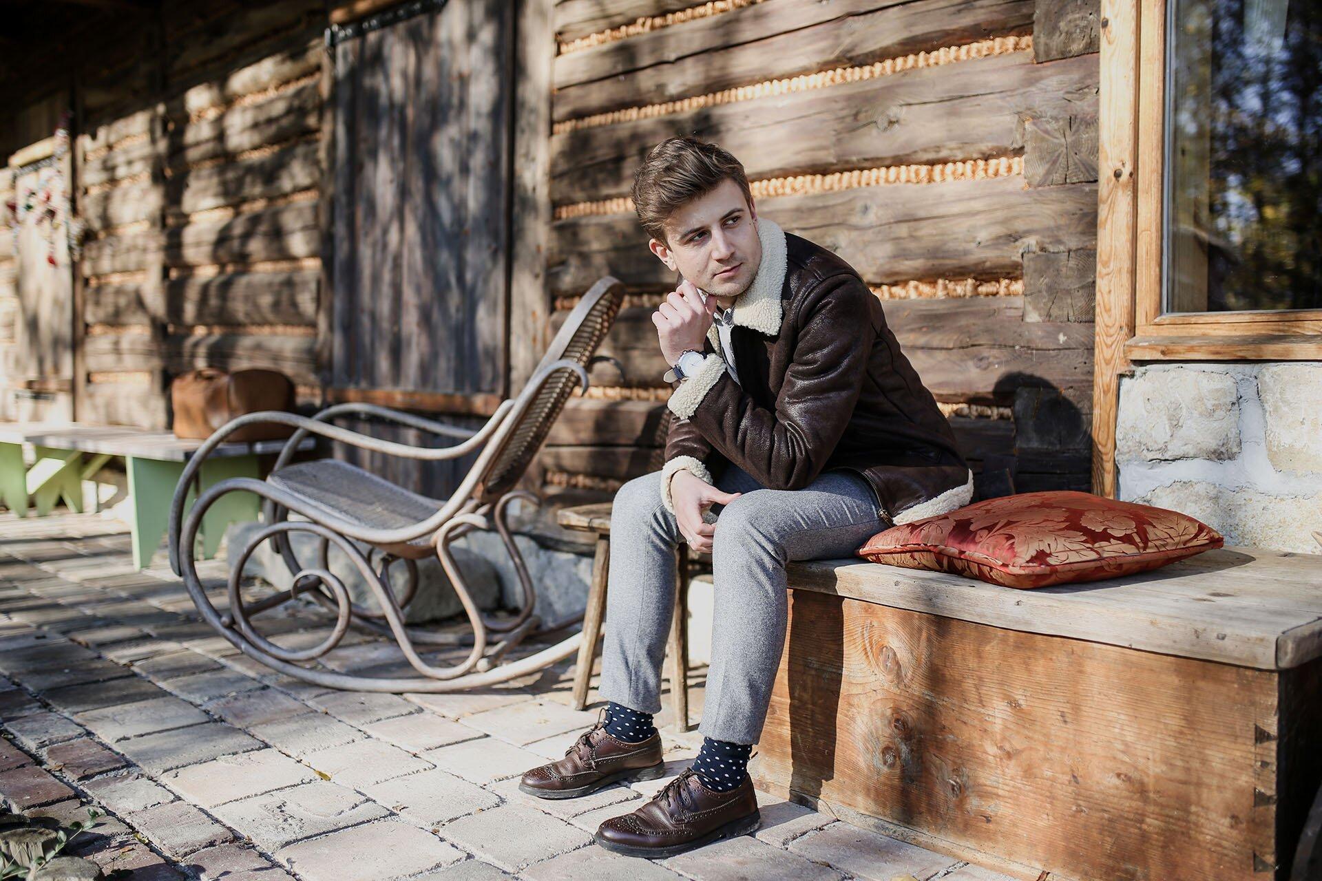 Kożuch Męski, Męski kurtki na jesień, Męskie kurtki na zimę, Blog o modzie męskiej, GMALE Grzegorz Paliś, Moda męska, Leśniakówka, Leśna samotnia, Gospodarstwo ekologiczne