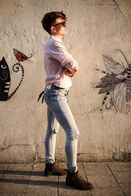 Jeansy z dziurami, Męska stylizacja na wiosnę, Wiosna 2018 moda męska, Blog dla mężczyzn, Blog o modzie męskie, Grzegorz Paliś, Gmale