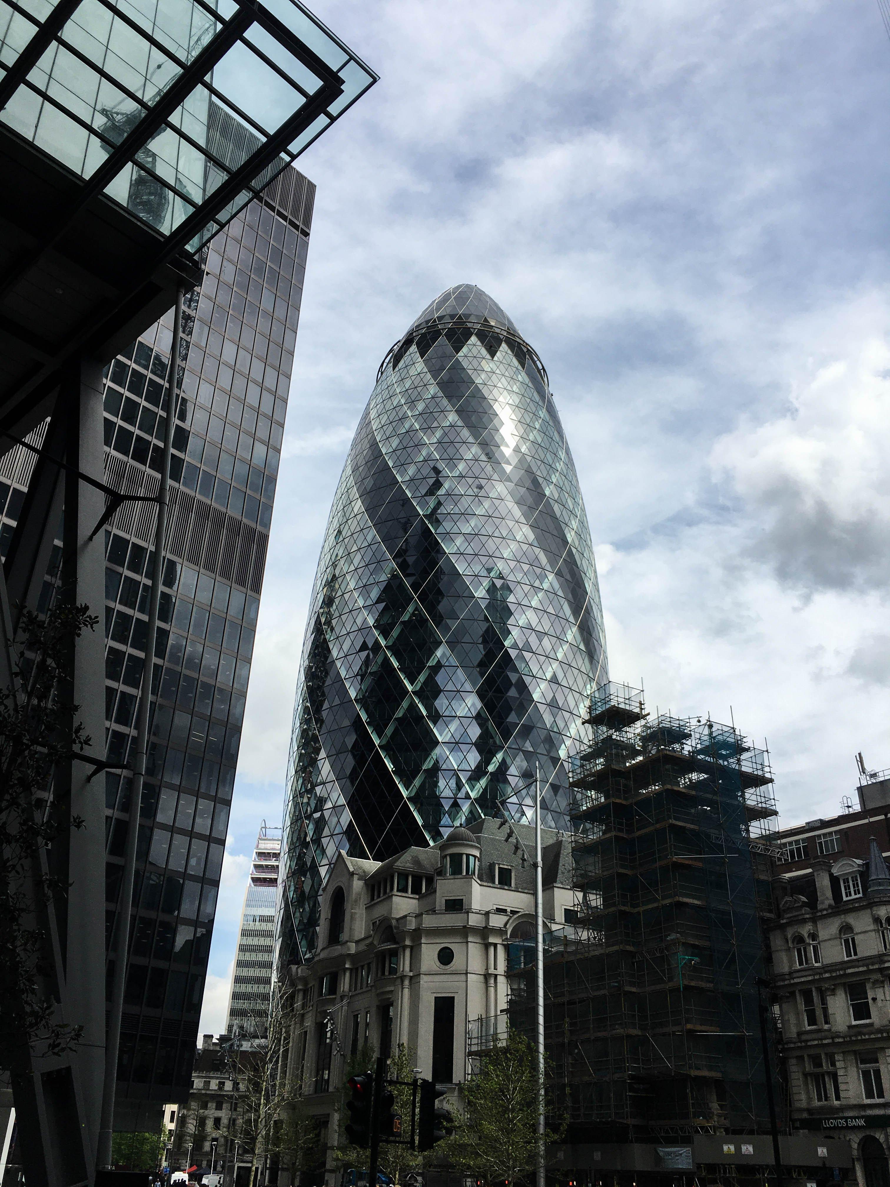 Londyn, Subiektywny przewodnik po Londynie, Gmale Goes To London, Bloger modowy w Londynie, Jak się ubrać do Londynu, Moda męska, Gherkin