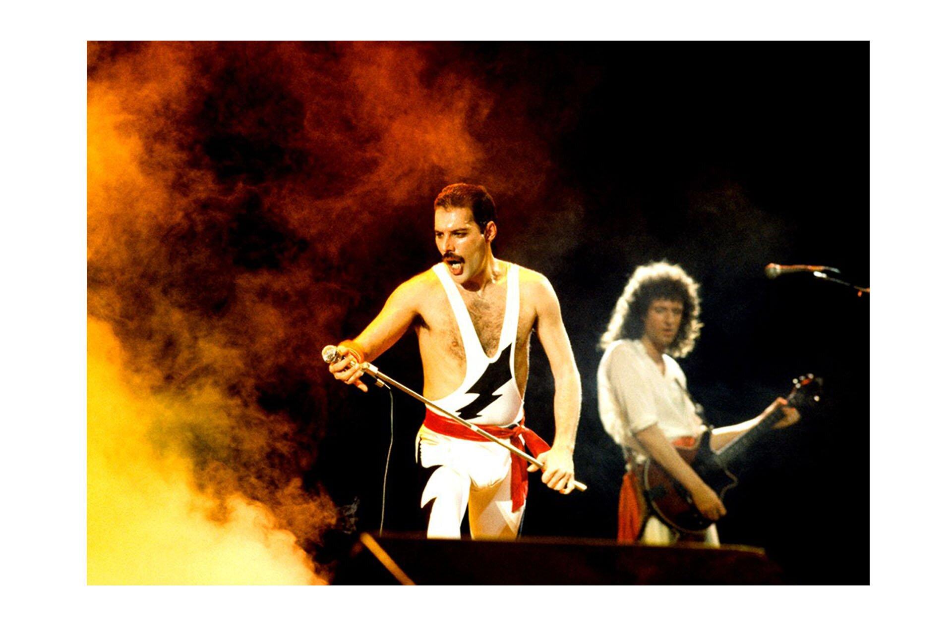 10 przełomowych wcieleń modowych Freddiego, Radio Gaga Live